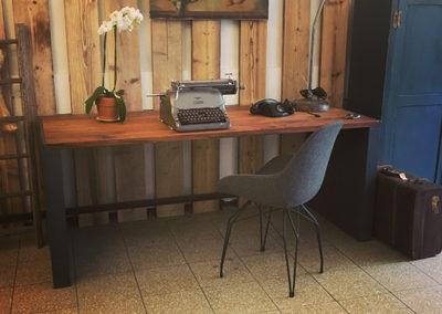 Möbeltante - Schreibtisch - Massiv