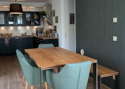 Möbeltante - Tisch - Massivholz - Metall - Eiche - Bank - Esstisch