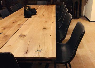 Möbeltante - Zeitraum - Eupen - Massivholztisch