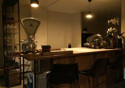 Möbeltante - Zeitraum - Eupen - Theke - Weinbar